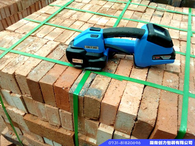 砖厂使用OR-T250电动打包机2年总打包数突破52万条