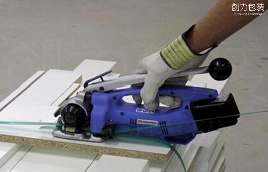手提热熔打包机怎么装打包带、怎么穿线?打不紧怎么办?