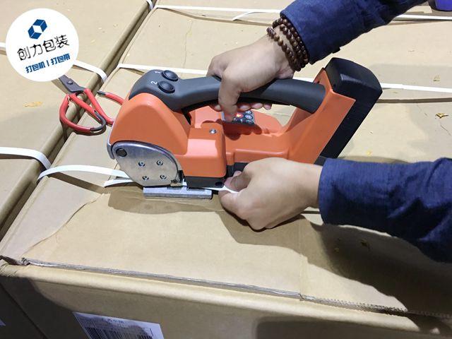 """Ita24电动打包机,砖厂工人""""理想型""""砖块打包机"""